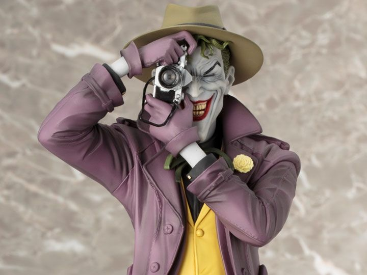 The Joker Killing Joke Statue - TV and FIlm Stuff